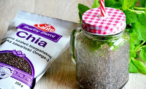 Orzeźwiający napój chia fresca