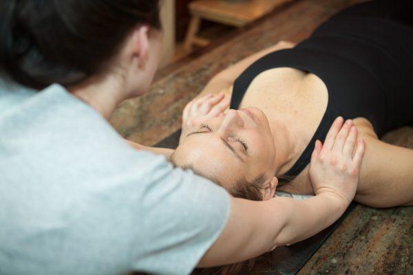 Drepoterapia: funkcjonalna odnowa biologiczna twarzy i ciała